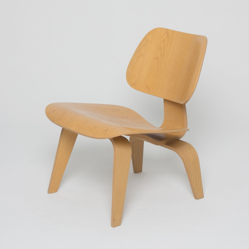 Fauteuil Charles Eames LCW  frene naturel 1946 (Vitra) grand format
