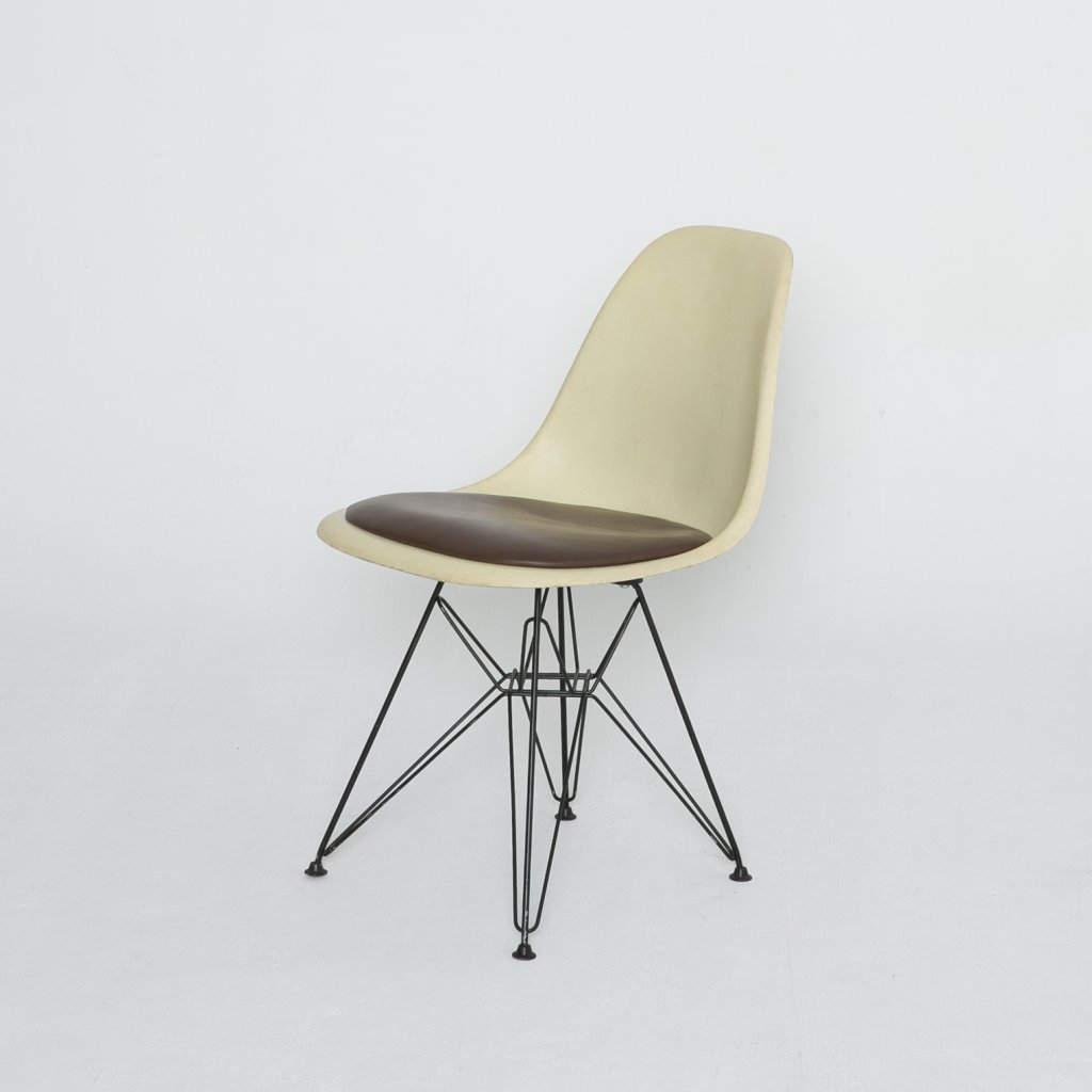 Chaise Charles Eames DSR 1960 (Herman Miller) grand format
